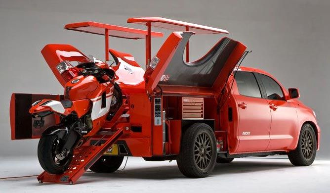 2010-toyota-tundra-ducati-truck-with-toolbox-and-bike-bed.jpg